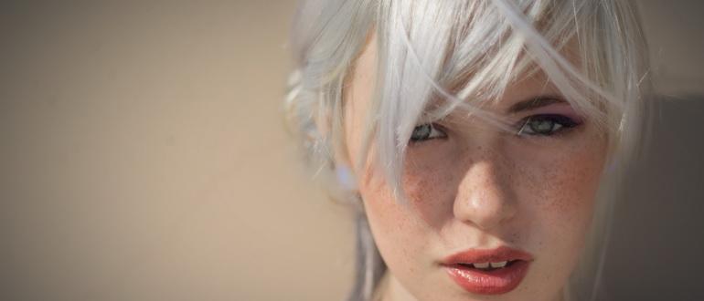 белый цвет волос